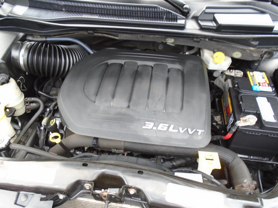 Used Dodge Grand Caravan 4dr Wgn SE 2013 | Jim Juliani Motors. Waterbury, Connecticut