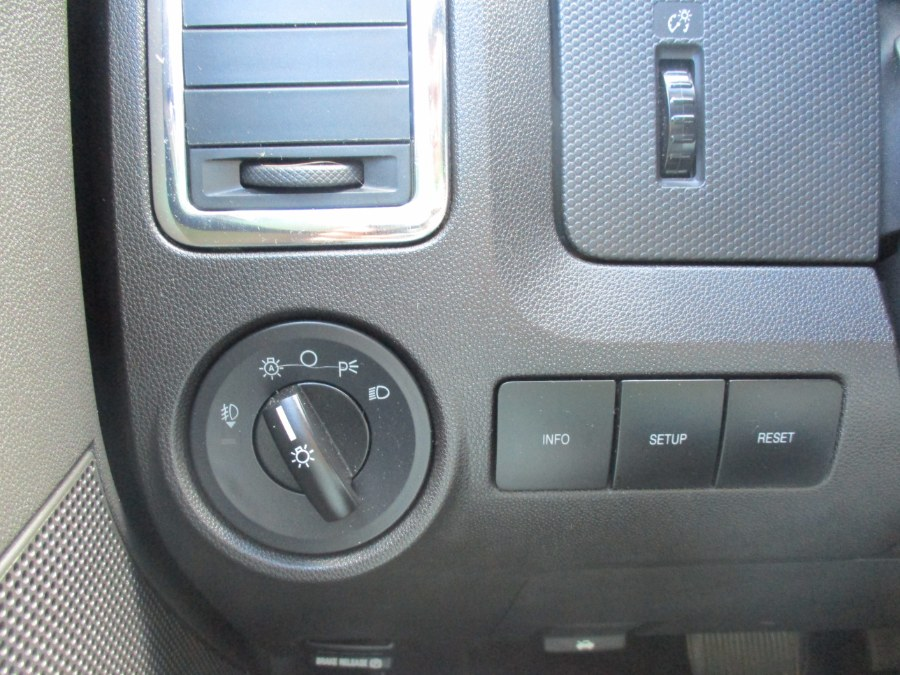 Used Ford Escape FWD 4dr V6 Auto Limited 2008   Cos Central Auto. Meriden, Connecticut