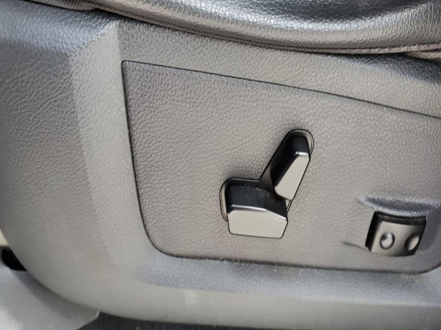 "Used Ram 1500 4WD Quad Cab 140.5"" SLT 2011   Capital Lease and Finance. Brockton, Massachusetts"