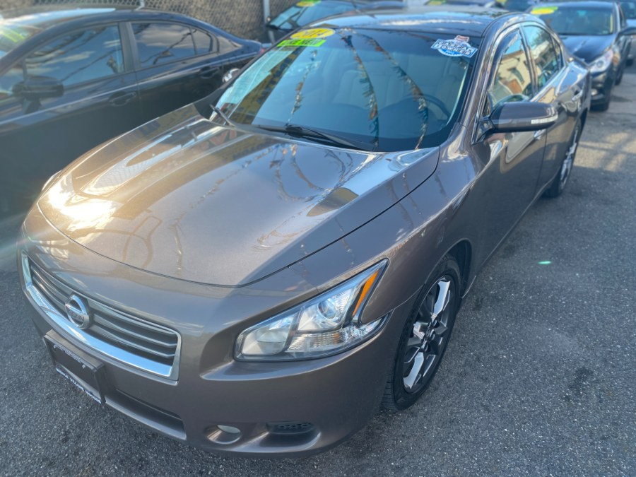 Used 2014 Nissan Maxima in Middle Village, New York   Middle Village Motors . Middle Village, New York