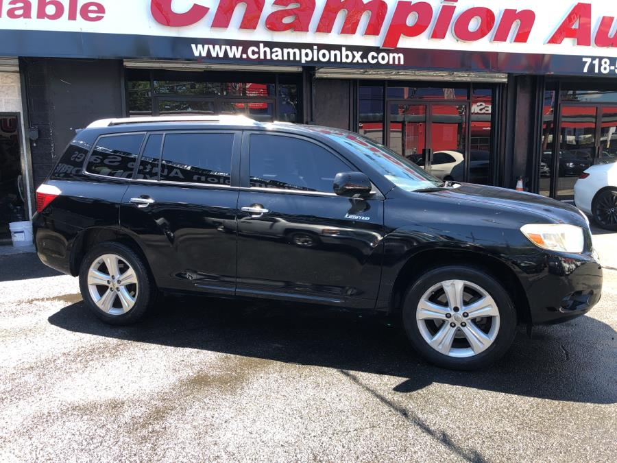 Used Toyota Highlander 4WD 4dr Limited 2008 | Champion Auto Sales Of The Bronx. Bronx, New York