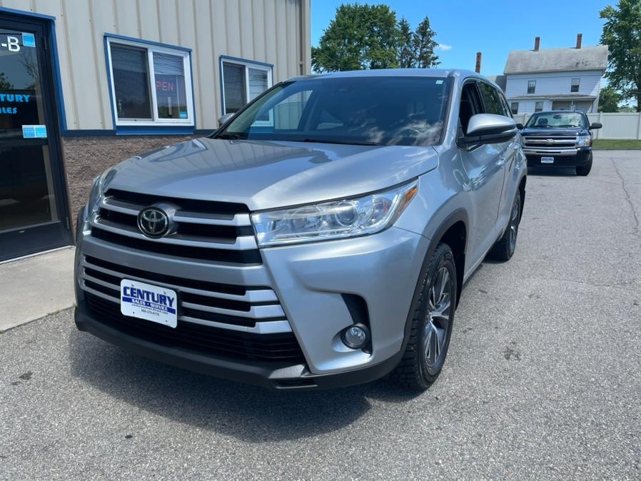 Used 2017 Toyota Highlander in East Windsor, Connecticut | Century Auto And Truck. East Windsor, Connecticut
