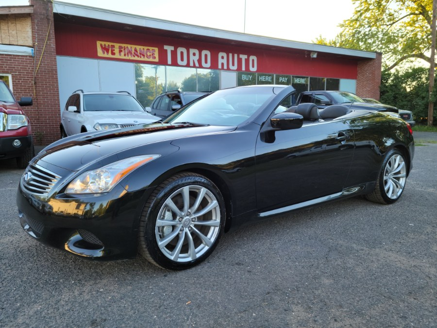 2010 Infiniti G37 Convertible 6 Speed Manual Sort PKG RWD, available for sale in East Windsor, CT