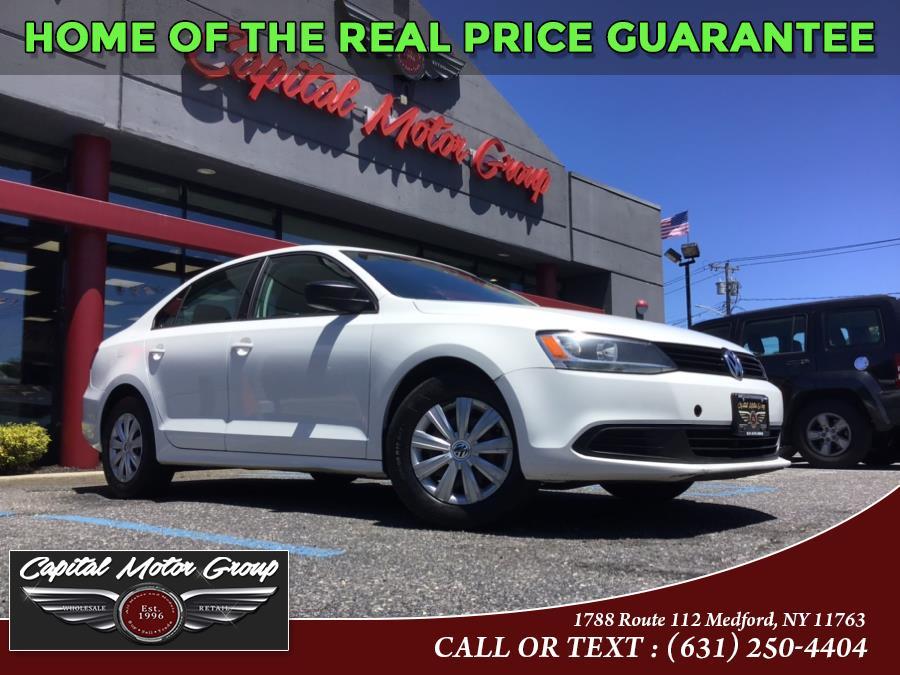 Used 2013 Volkswagen Jetta Sedan in Medford, New York | Capital Motor Group Inc. Medford, New York