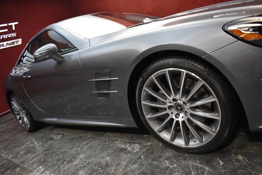 Used Mercedes-benz Sl-class SL 550 2018 | Select Motor Cars. Deer Park, New York