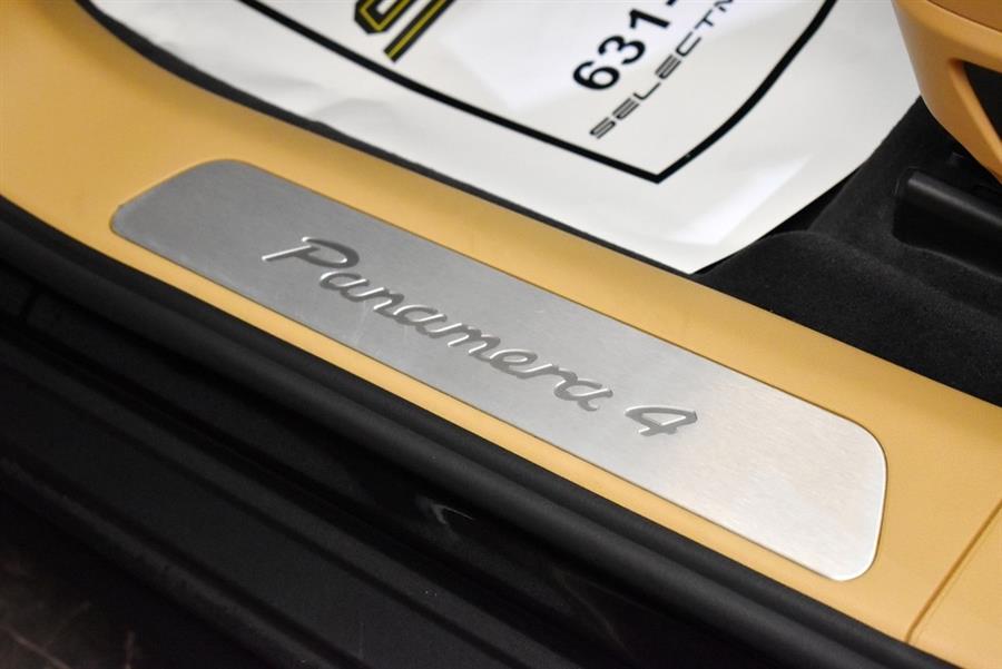 Used Porsche Panamera 4 2018 | Select Motor Cars. Deer Park, New York