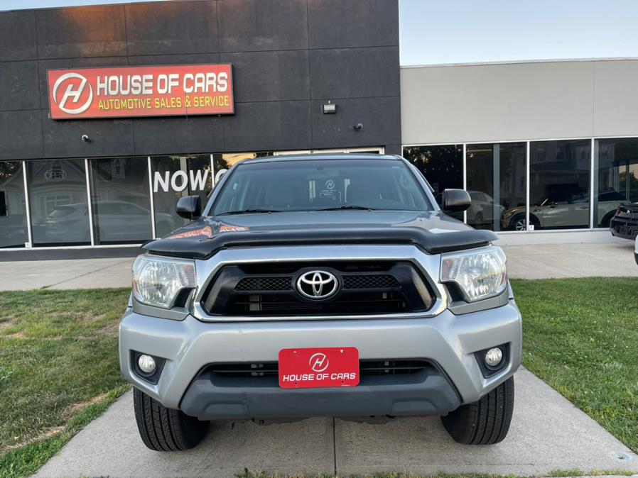 Used 2014 Toyota Tacoma in Meriden, Connecticut | House of Cars CT. Meriden, Connecticut