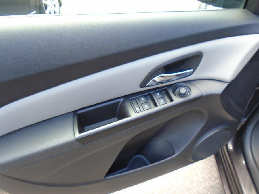 Used Chevrolet Cruze 4dr Sdn Auto LS 2014 | Jim Juliani Motors. Waterbury, Connecticut