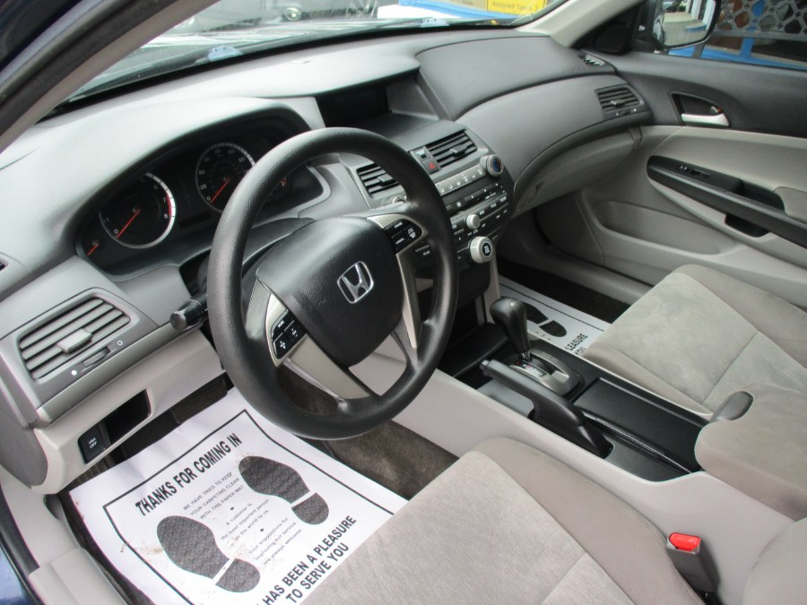 Used Honda Accord Sdn LX 2010 | Cos Central Auto. Meriden, Connecticut
