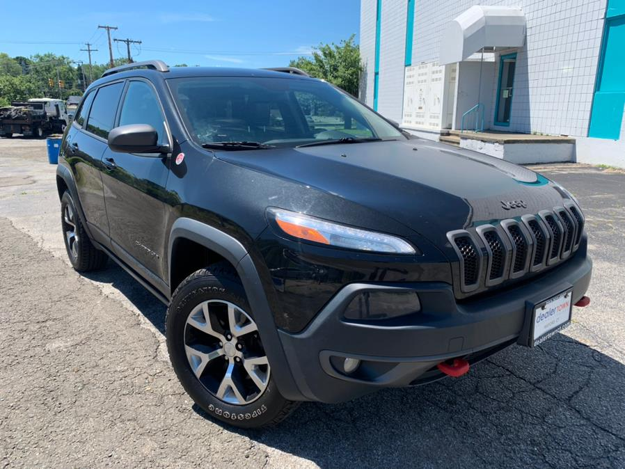 Used Jeep Cherokee 4WD 4dr Trailhawk 2015 | Dealertown Auto Wholesalers. Milford, Connecticut