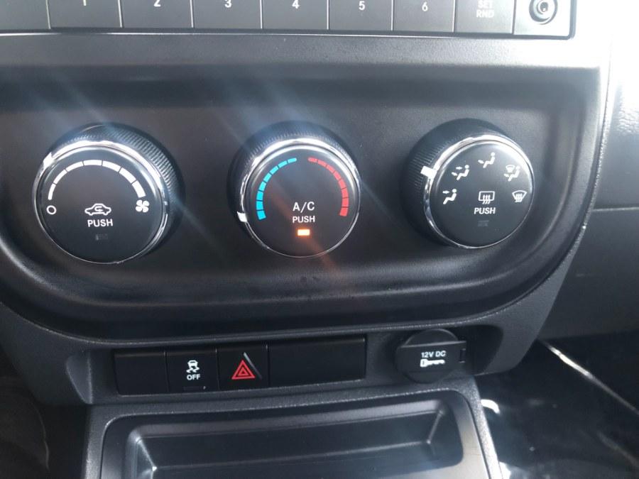 Used Jeep Compass 4WD 4dr Sport 2015   Bristol Auto Center LLC. Bristol, Connecticut