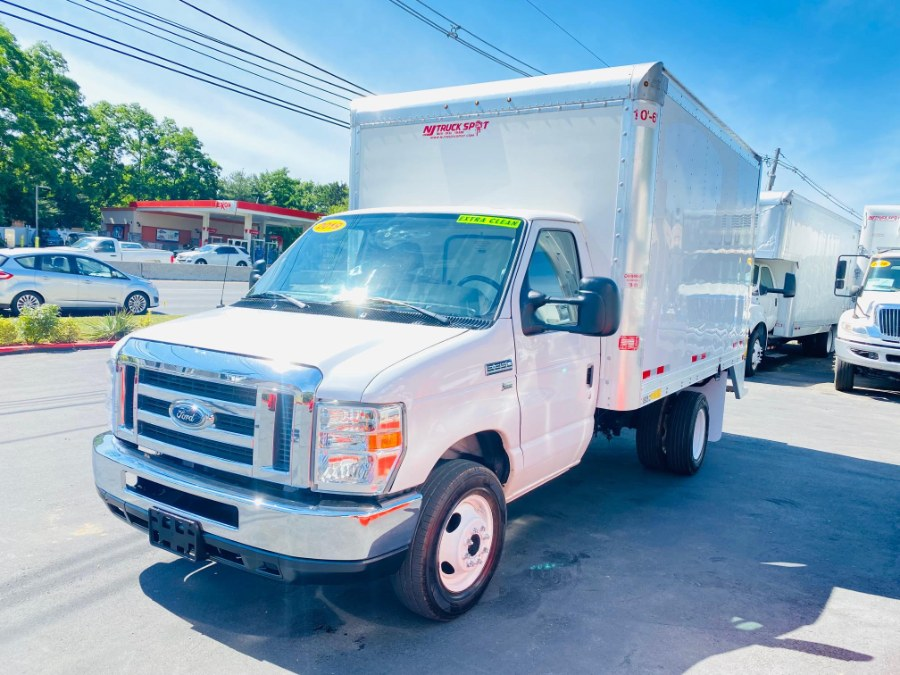 Used Ford E-350 E-Series Cutaway 14 FEET DRY BOX + PULL OUT RAMP + NO CDL 2019 | NJ Truck Spot. South Amboy, New Jersey