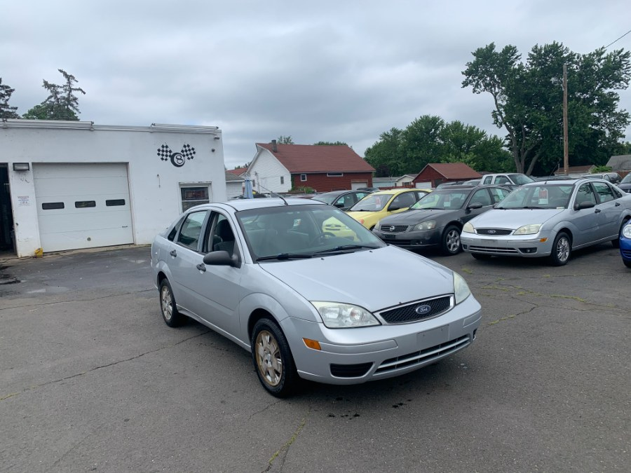 Used Ford Focus 4dr Sdn SE 2007 | CT Car Co LLC. East Windsor, Connecticut