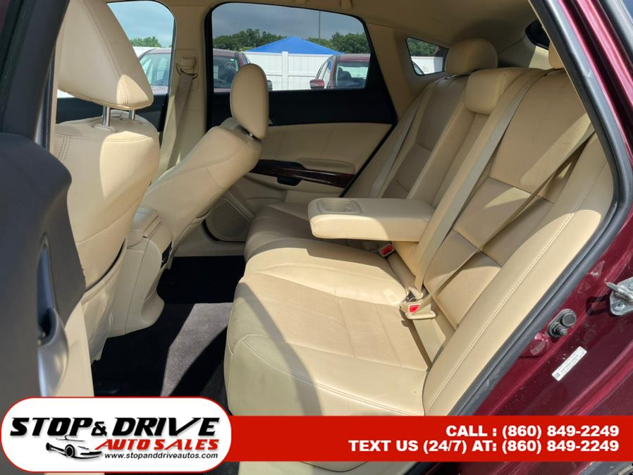 Used Honda Crosstour 4WD V6 5dr EX-L 2012   Stop & Drive Auto Sales. East Windsor, Connecticut