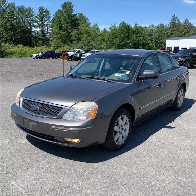 Used Ford Five Hundred 4dr Sdn SEL AWD 2006 | Payless Auto Sale. South Hadley, Massachusetts