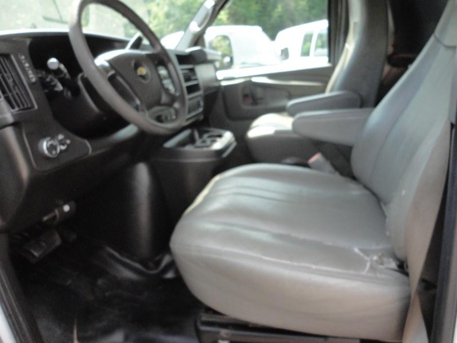 "Used Chevrolet Express Cargo Van RWD 2500 155"" 2014 | International Motorcars llc. Berlin, Connecticut"