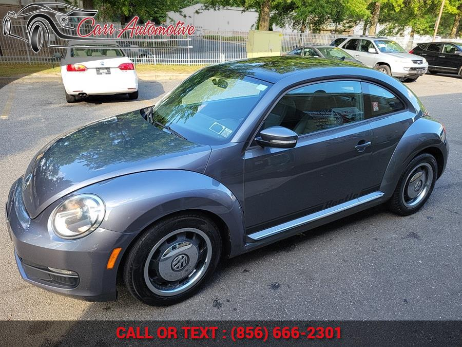 Used Volkswagen Beetle 2dr Cpe Auto 2.5L PZEV 2012 | Carr Automotive. Delran, New Jersey