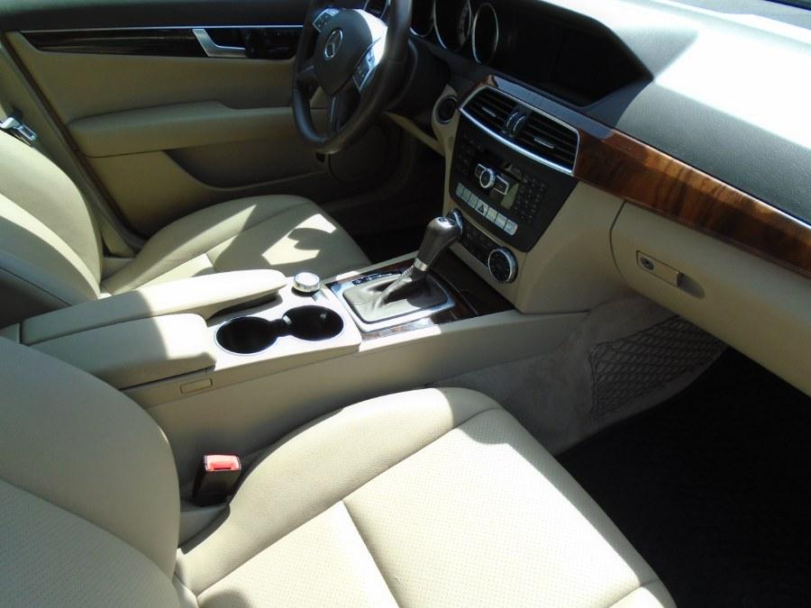 Used Mercedes-Benz C-Class 4MATIC 2012 | Jim Juliani Motors. Waterbury, Connecticut
