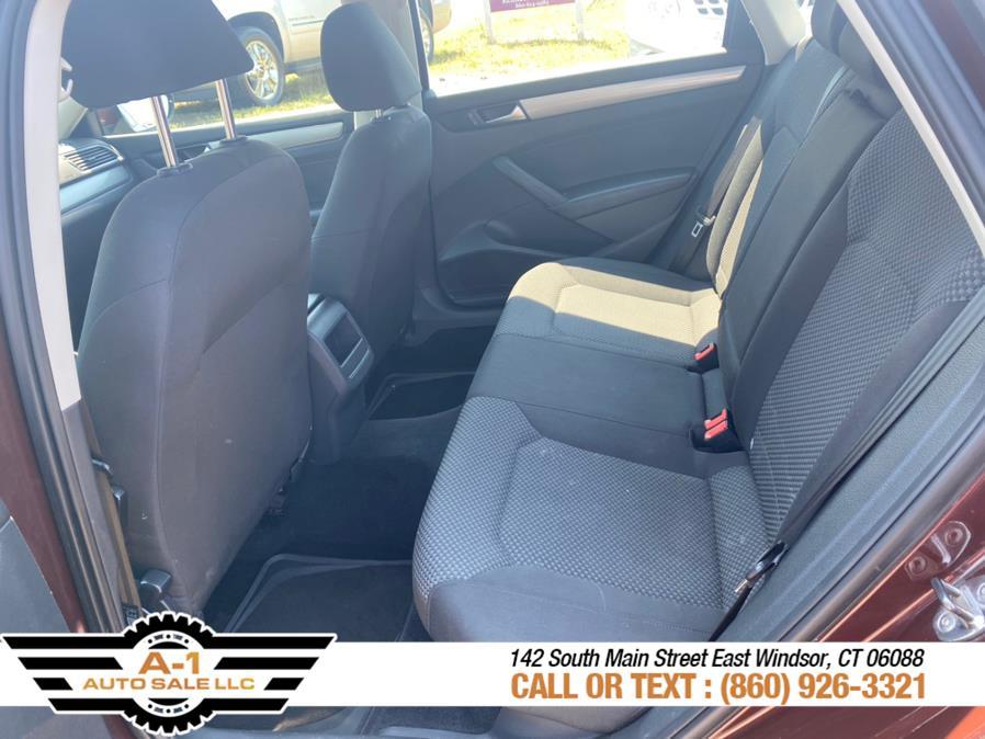 Used Volkswagen Passat 4dr Sdn 2.5L Auto S PZEV 2012 | A1 Auto Sale LLC. East Windsor, Connecticut