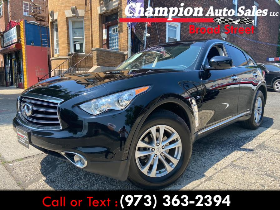 Used 2016 INFINITI QX70 in Newark, New Jersey | Champion Used Auto Sales LLC. Newark, New Jersey