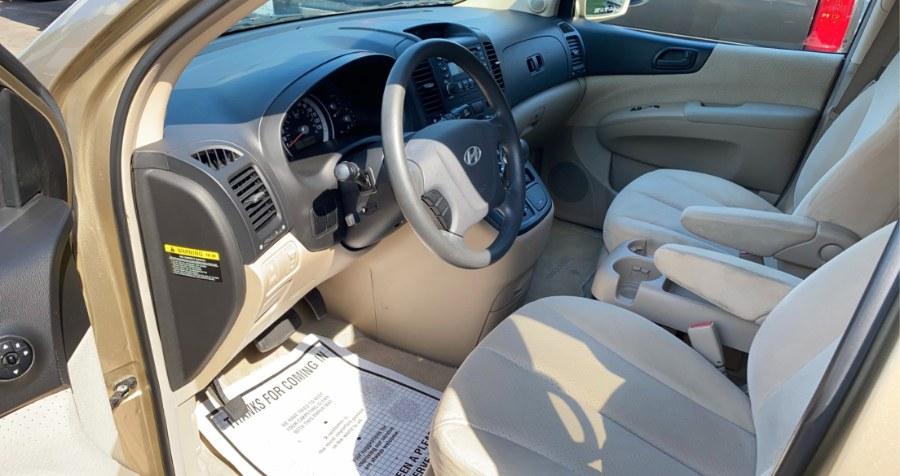 Used Hyundai Entourage 4dr Wgn GLS 2007 | West End Automotive Center. Waterbury, Connecticut