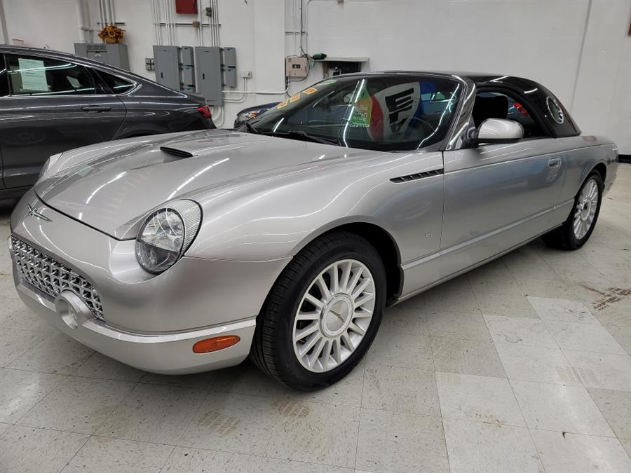 2004 Ford Thunderbird 2dr Convertible Deluxe, available for sale in West Haven, CT