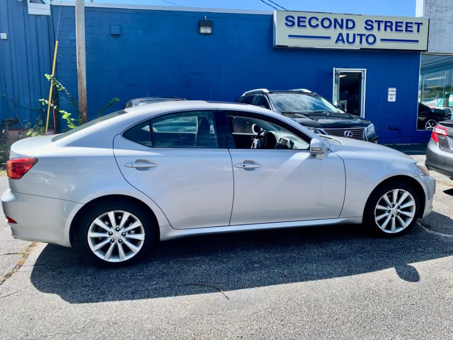 Used 2009 Lexus IS 250 in Manchester, New Hampshire | Second Street Auto Sales Inc. Manchester, New Hampshire