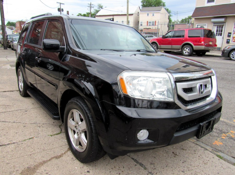 Used 2011 Honda Pilot in Paterson, New Jersey | MFG Prestige Auto Group. Paterson, New Jersey