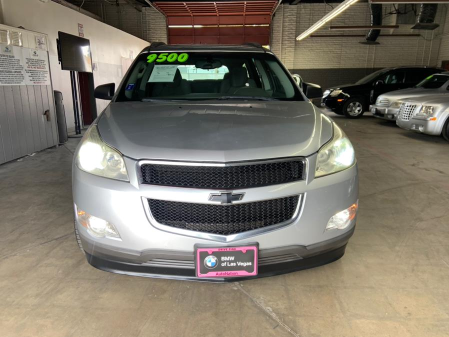 Used Chevrolet Traverse FWD 4dr LS 2010 | U Save Auto Auction. Garden Grove, California