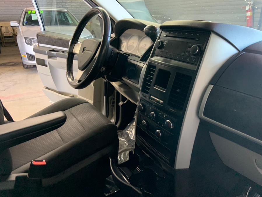 Used Dodge Grand Caravan 4dr Wgn SXT 2010   U Save Auto Auction. Garden Grove, California