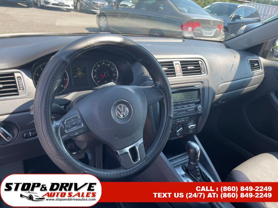 Used Volkswagen Jetta Sedan 4dr Auto SE PZEV 2012 | Stop & Drive Auto Sales. East Windsor, Connecticut