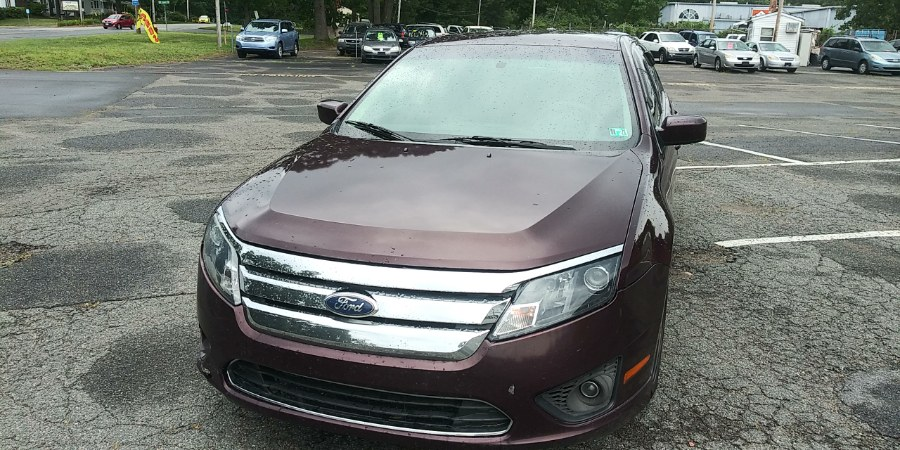 Used Ford Fusion 4dr Sdn SE FWD 2011 | Payless Auto Sale. South Hadley, Massachusetts