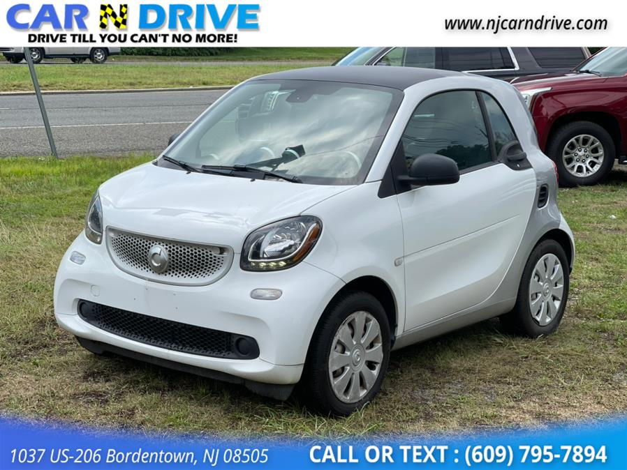 Used Smart Fortwo passion coupe 2016   Car N Drive. Bordentown, New Jersey