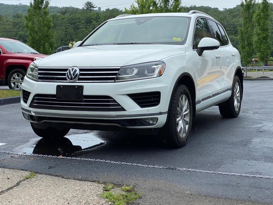 Used Volkswagen Touareg 4dr V6 Sport w/Technology 2016 | Lava Motors 2 Inc. Canton, Connecticut