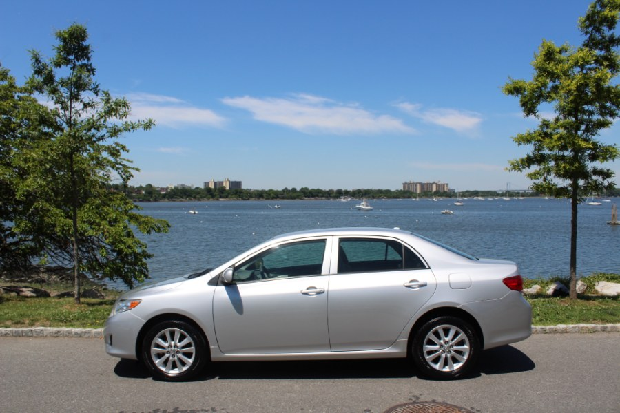 2009 Toyota Corolla 4dr Sdn Auto LE, available for sale in Great Neck, NY