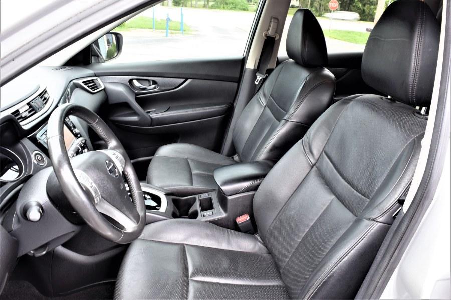 Used Nissan Rogue SL with Navigation FWD 4dr SL 2014   Rahib Motors. Winter Park, Florida