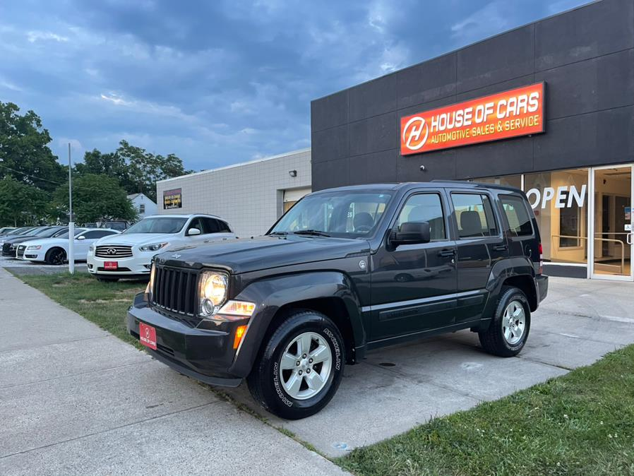 Used 2010 Jeep Liberty in Meriden, Connecticut | House of Cars CT. Meriden, Connecticut