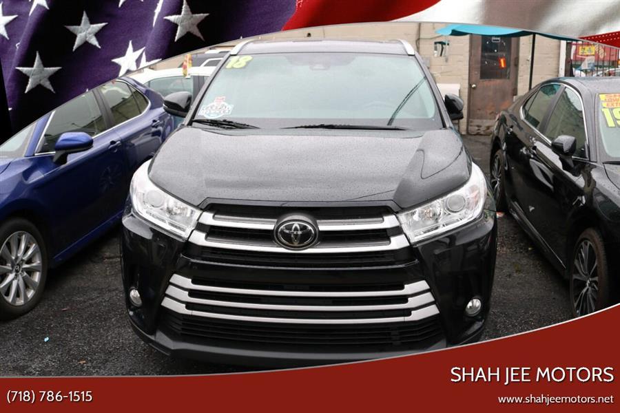Used 2018 Toyota Highlander in Woodside, New York | SJ Motors. Woodside, New York