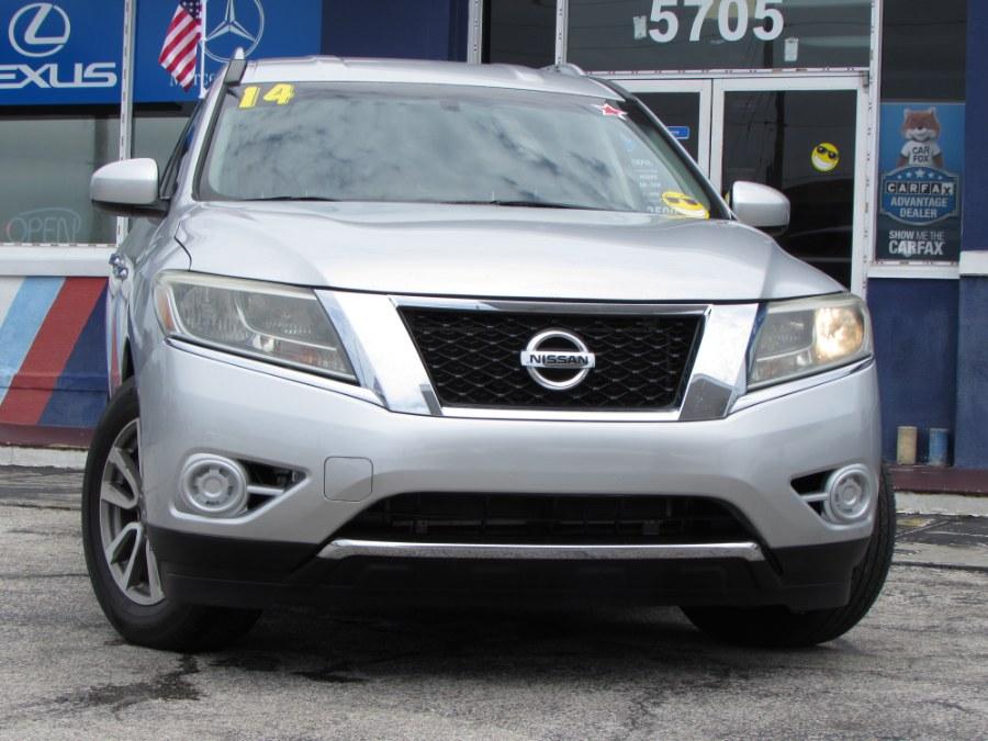 Used 2014 Nissan Pathfinder in Orlando, Florida | VIP Auto Enterprise, Inc. Orlando, Florida