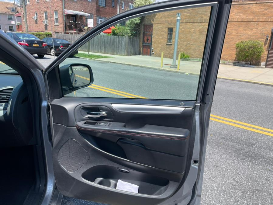 2015 Dodge Grand Caravan 4dr Wgn R/T, available for sale in Brooklyn, NY
