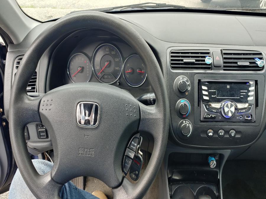 Used Honda Civic 4dr Sdn LX Auto w/Side Airbags 2004   Matts Auto Mall LLC. Chicopee, Massachusetts