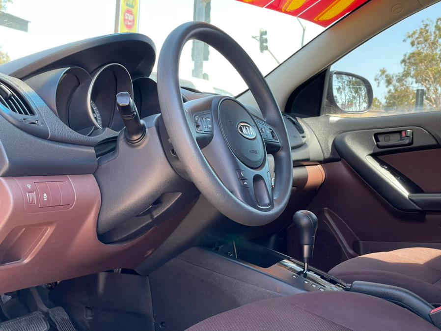 Used Kia Forte 4dr Sdn Man EX 2010   Green Light Auto. Corona, California