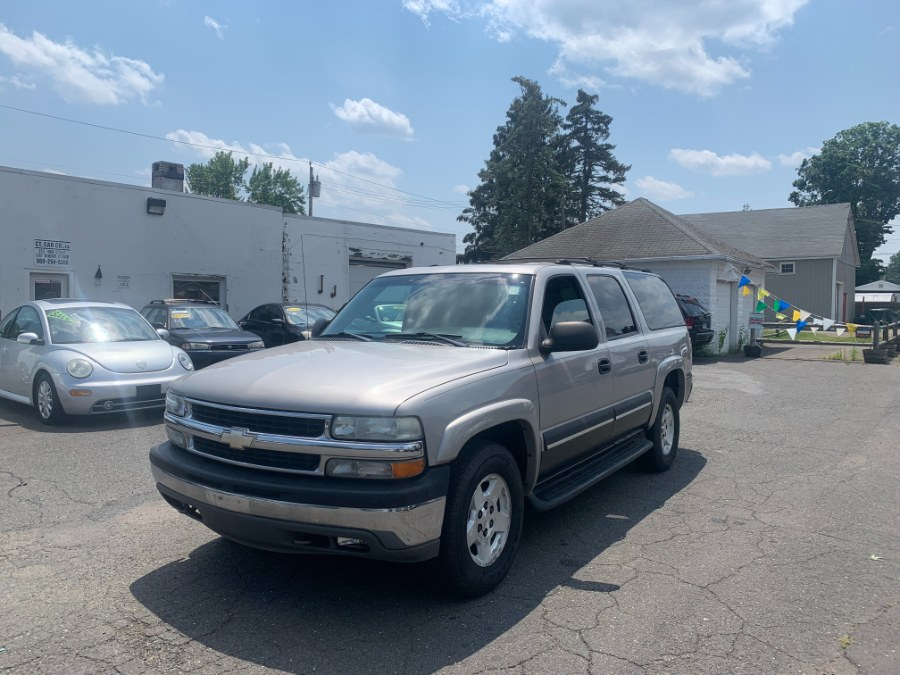 Used Chevrolet Suburban 4dr 1500 4WD LS 2004   CT Car Co LLC. East Windsor, Connecticut