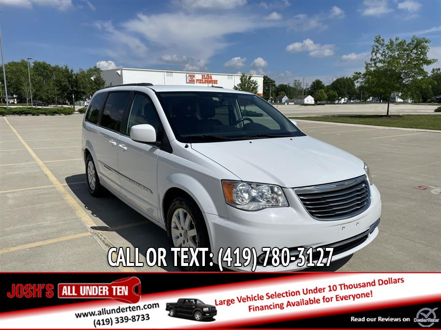 Used 2015 Chrysler Town & Country in Elida, Ohio | Josh's All Under Ten LLC. Elida, Ohio