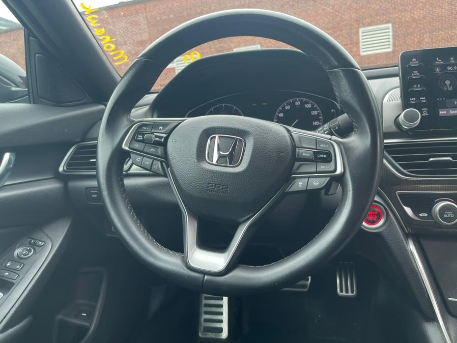 Used Honda Accord Sedan Sport 1.5T CVT 2018   Sophia's Auto Sales Inc. Worcester, Massachusetts