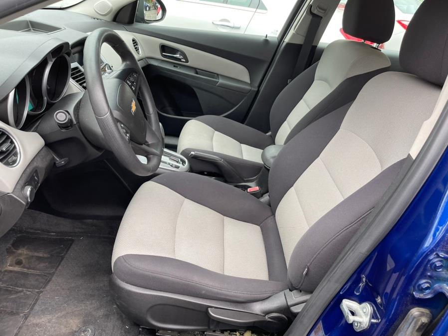 Used Chevrolet Cruze 4dr Sdn Auto LS 2013   Central Auto Sales & Service. New Britain, Connecticut