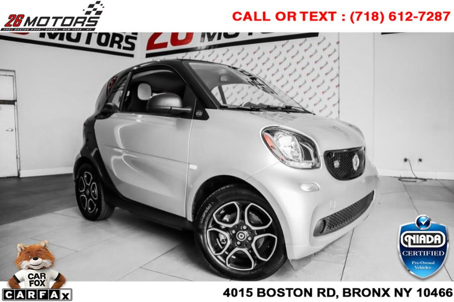 Used smart EQ fortwo pure coupe 2019 | 26 Motors Corp. Bronx, New York