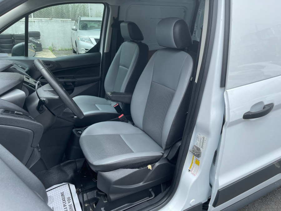 Used Ford Transit Connect Van XL LWB w/Rear Symmetrical Doors 2017 | DZ Automall. Paterson, New Jersey