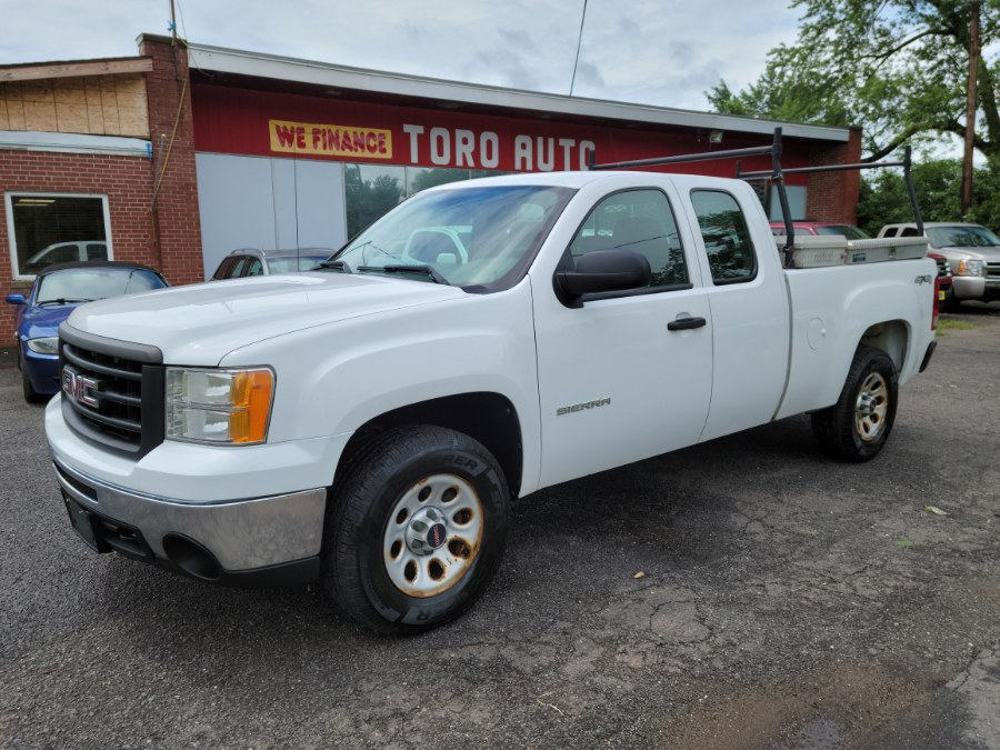 Used GMC Sierra 1500 4WD Ext Cab 2010 | Toro Auto. East Windsor, Connecticut