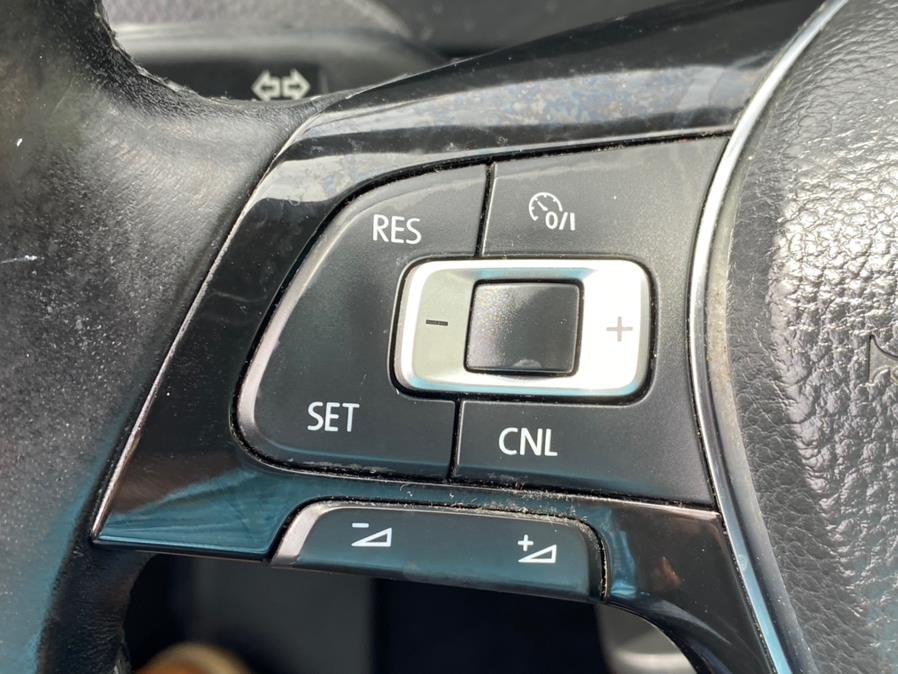 Used Volkswagen Jetta Sedan 4dr Auto 1.8T Sport PZEV 2015 | Sunrise Autoland. Jamaica, New York